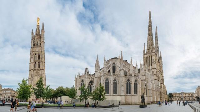 Catedral de Saint-André de Burdeos y Torre Pey-Berland