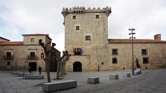 Palacios de Ávila
