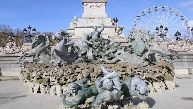 Plaza de Quinconces y Monumento a los Girondinos