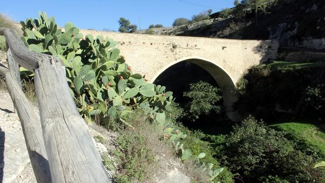 Puente de Darrere la Vila