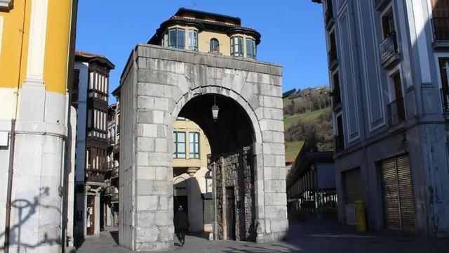 Puerta de Castilla